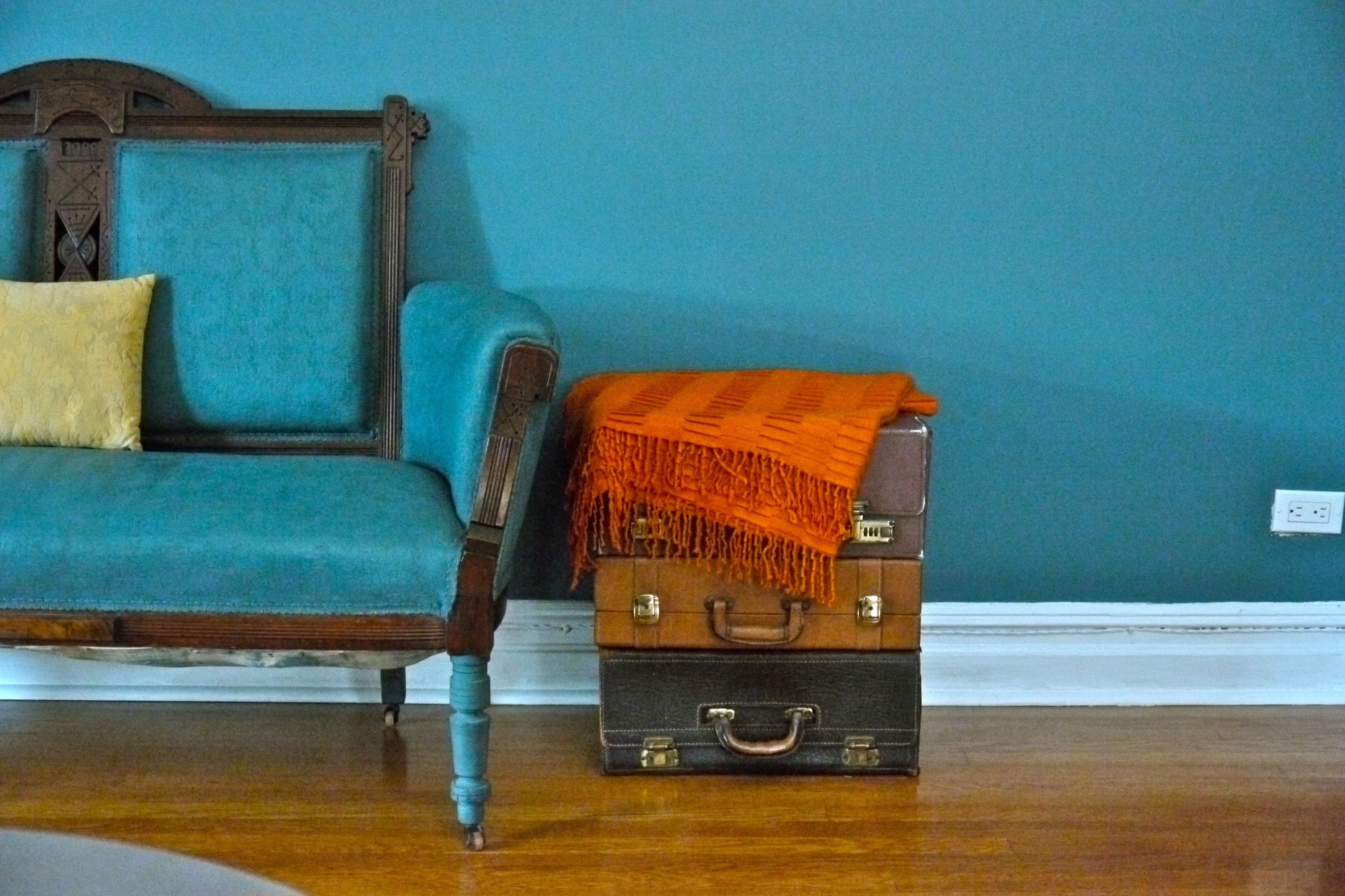 Blog furnish green vintage furniture nyc for Furniture u district