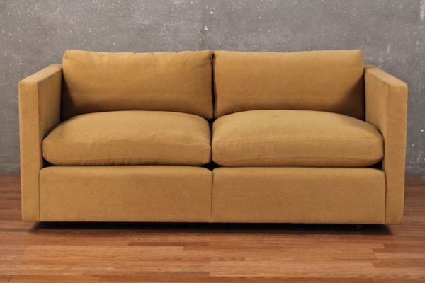 The Tasteful Charles Pfister For Knoll Tawny Loveseat Has A Clean, Modern  Look And Still Manages To Feel Warm And Cozy.